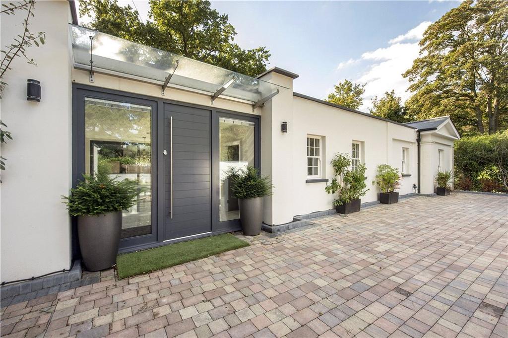 5 Bedrooms Detached House for sale in Park Road, Stoke Poges, Slough, SL2
