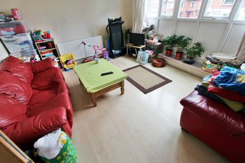 1 bedroom apartment to rent - Wilmslow Road, Withington, Manchester, M20