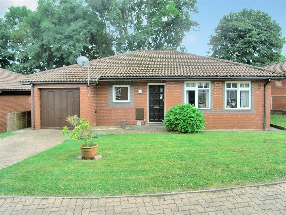 2 Bedrooms Detached Bungalow for sale in Cyncoed Avenue, Cyncoed, Cardiff