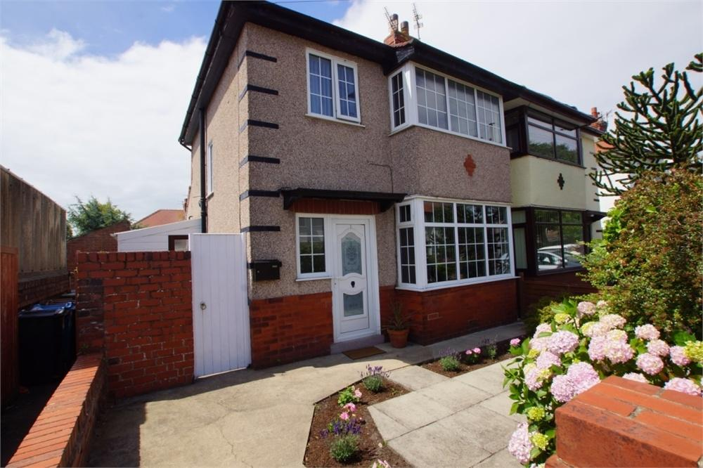 3 Bedrooms Semi Detached House for sale in Crystal Grove, St. Annes, Lancashire