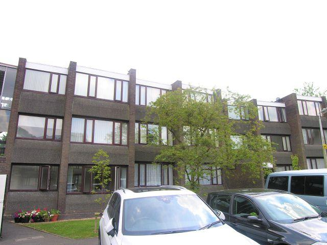 1 Bedroom Ground Flat for sale in Parkland Gardens,Walsall,West Midlands