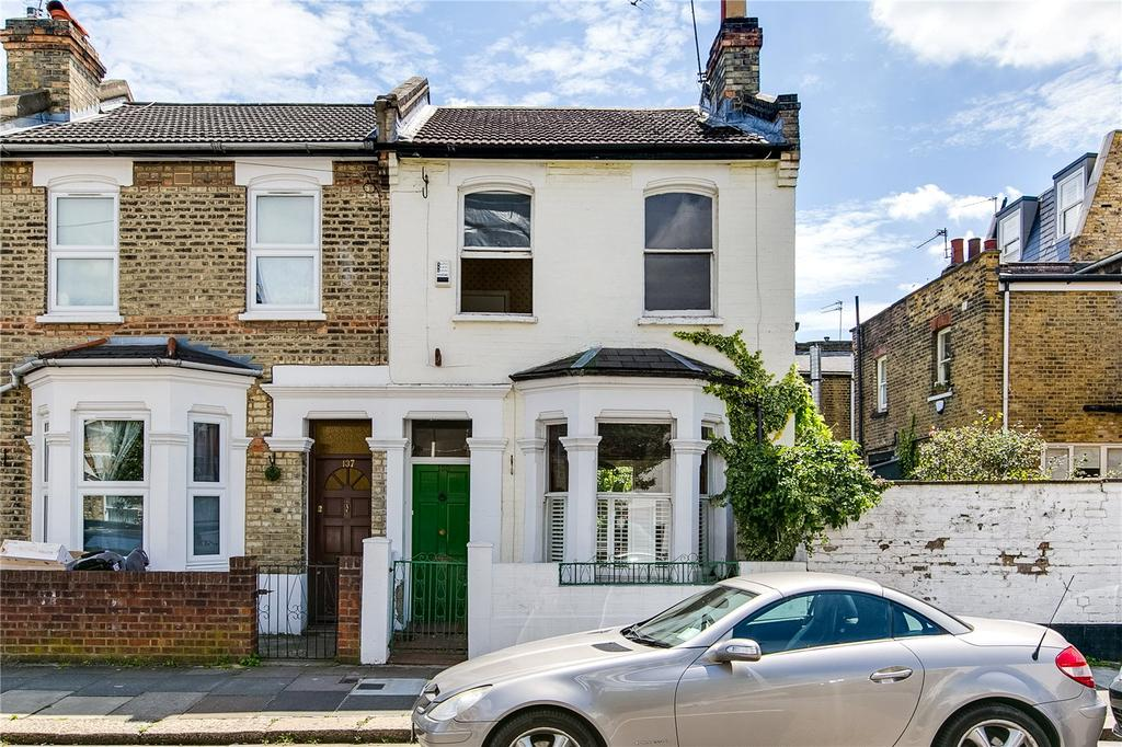 3 Bedrooms Terraced House for sale in Sherbrooke Road, London