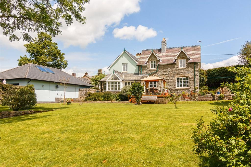 7 Bedrooms Detached House for sale in Newbridge-on-Wye, Llandrindod Wells, Powys