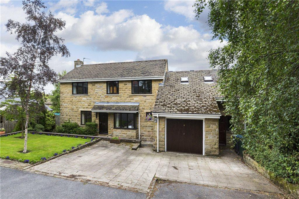 5 Bedrooms Detached House for sale in The Leys, Baildon, West Yorkshire