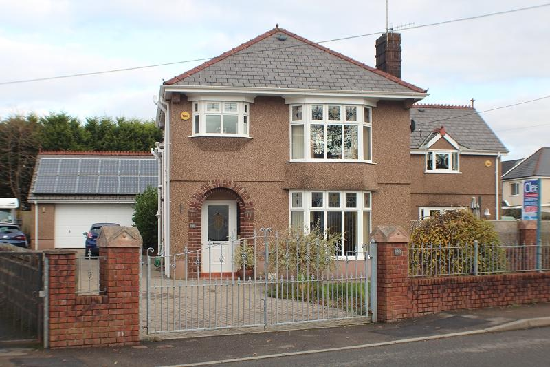 5 Bedrooms Detached House for sale in Capel Road, Clydach, Swansea.