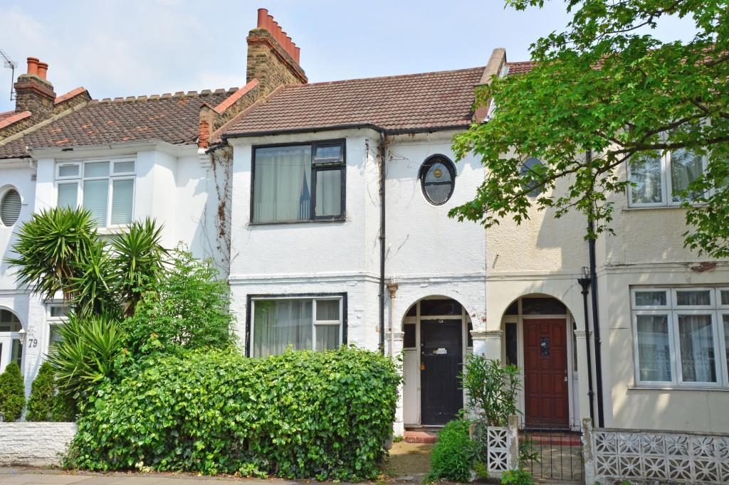 3 Bedrooms Terraced House for sale in Manor Lane, Lee, London, SE12