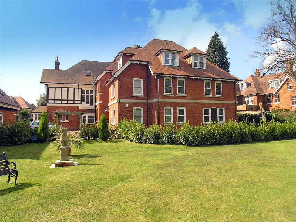 2 Bedrooms Flat for sale in McKinley Road, Bournemouth, Dorset, BH4
