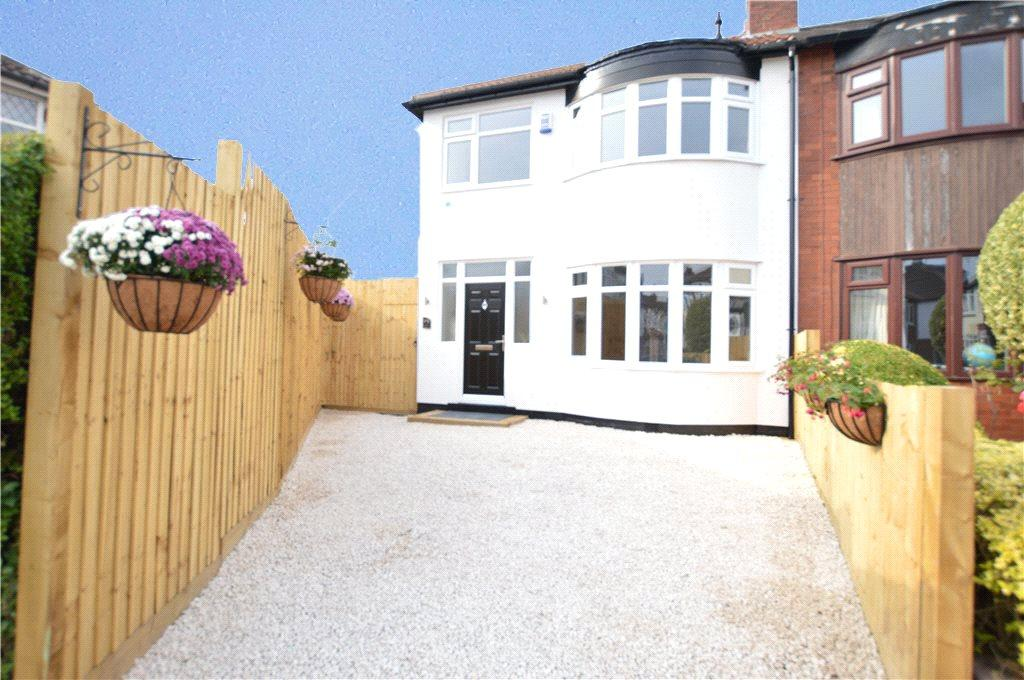 3 Bedrooms Semi Detached House for sale in Blairsville Gardens, Leeds, West Yorkshire