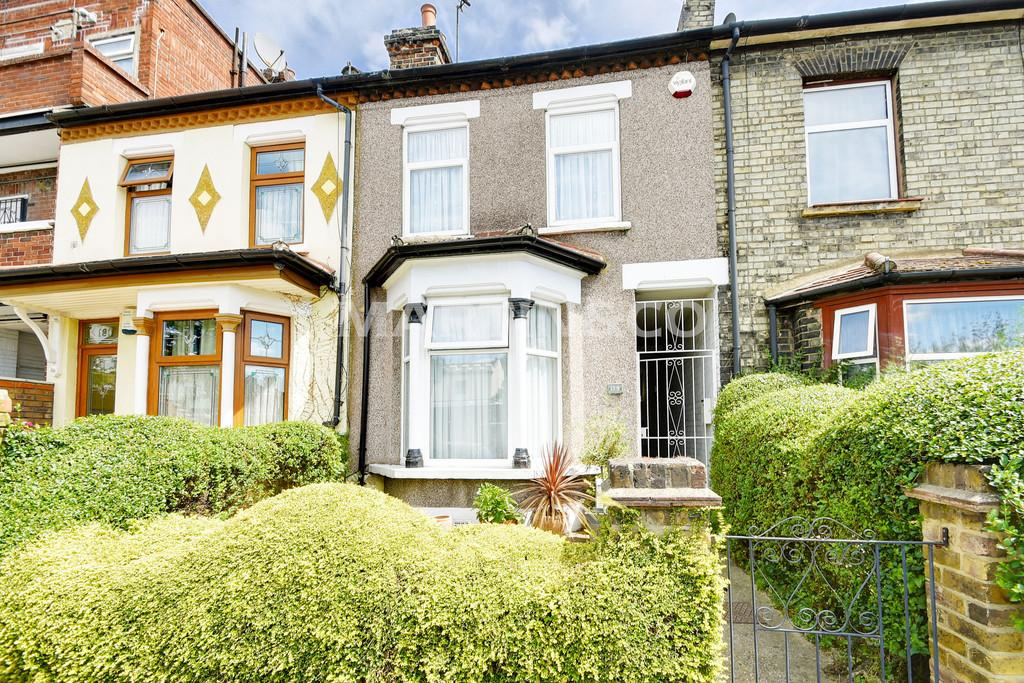3 Bedrooms End Of Terrace House for sale in Church Road, Leyton