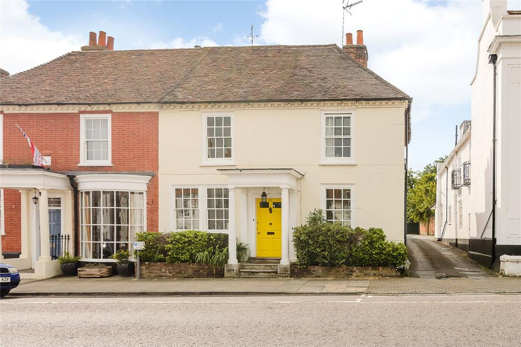 3 Bedrooms Semi Detached House for sale in High Street, Odiham, Hook, Hampshire