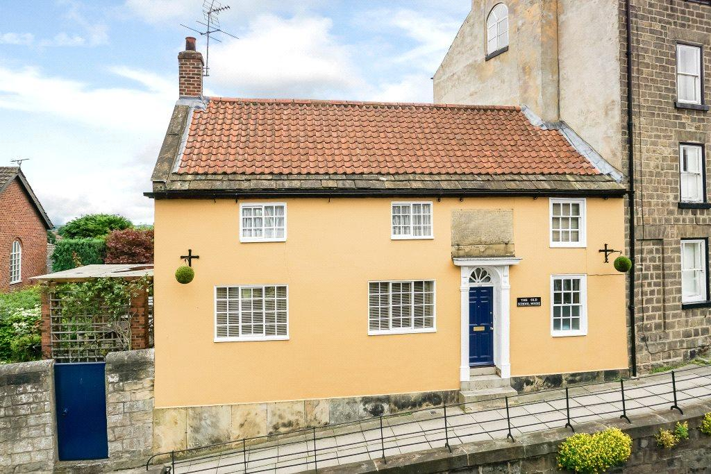 2 Bedrooms House for sale in Old School House, 102 High Street, Knaresborough, North Yorkshire, HG5