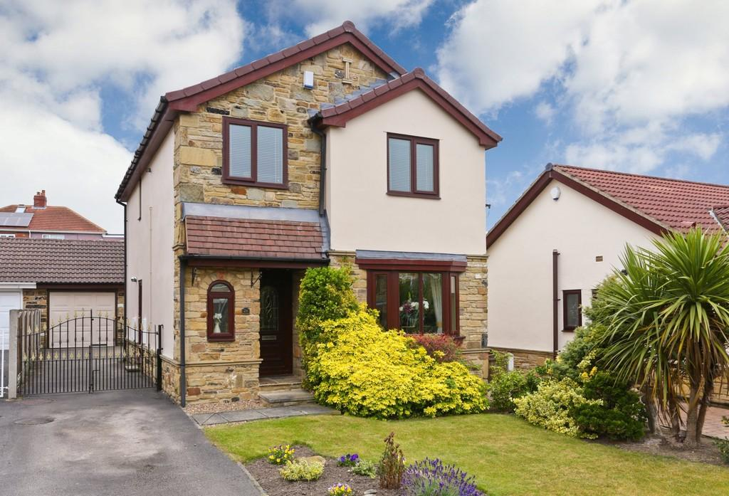 4 Bedrooms Detached House for sale in The Mount, Wrenthorpe
