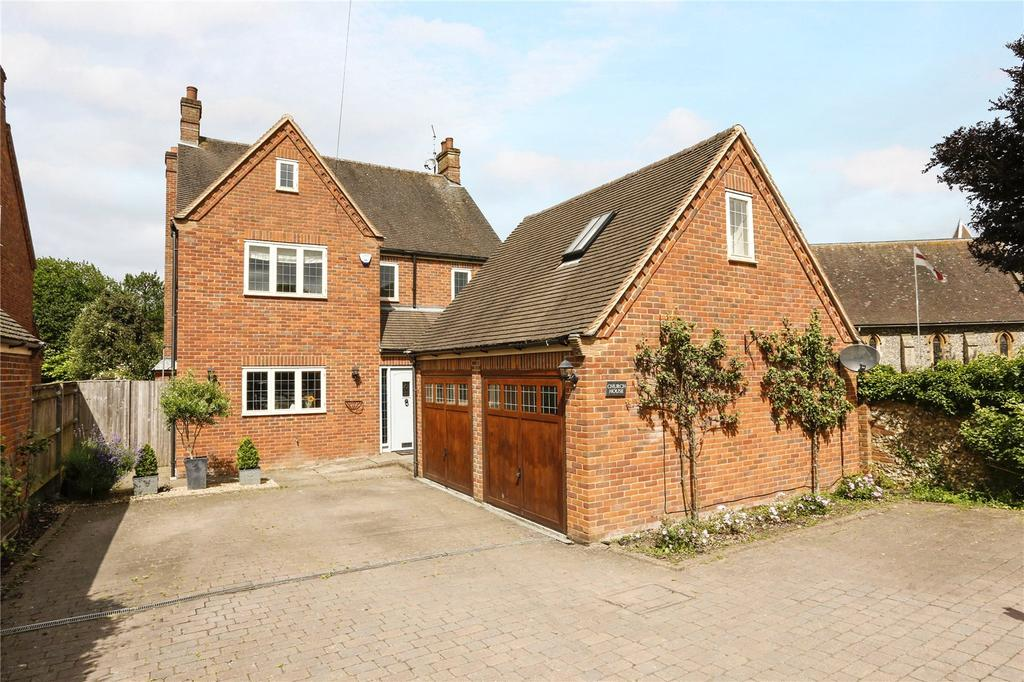 5 Bedrooms Detached House for sale in Hammersley Lane, Penn, High Wycombe, Buckinghamshire, HP10