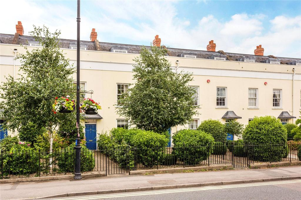 3 Bedrooms Terraced House for sale in Suffolk Villas, Suffolk Road, Cheltenham, Gloucestershire, GL50