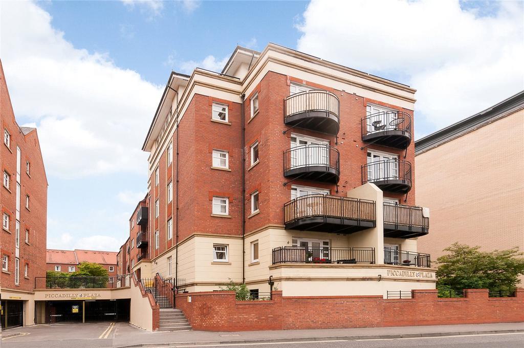 2 Bedrooms Flat for sale in Trafalgar House, Piccadilly, York, YO1