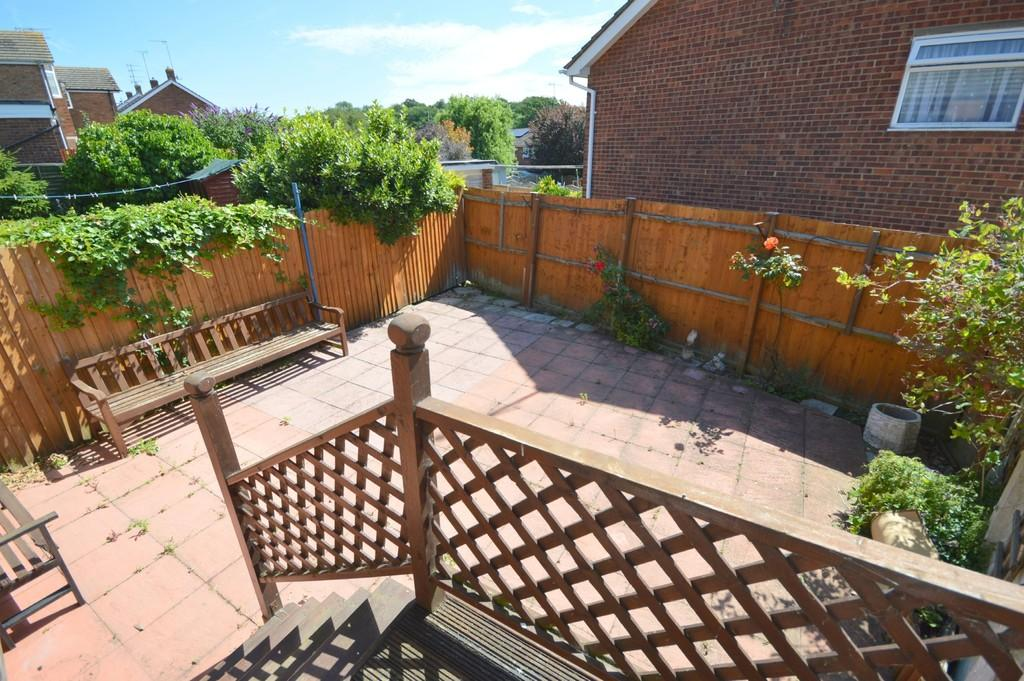 2 Bedrooms Semi Detached Bungalow for sale in Booth Avenue, Colchester