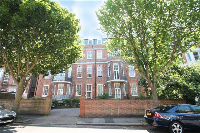 1 Bedroom Flat for sale in Rochester Gardens, Hove