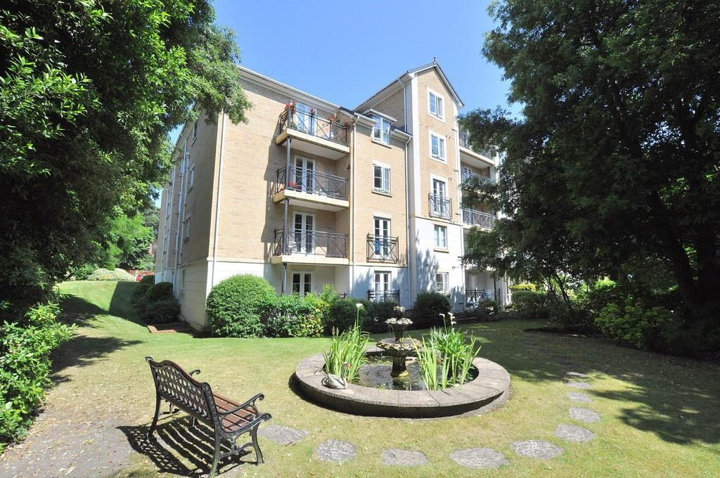 2 Bedrooms Apartment Flat for sale in Kensington Court , 43 Knyveton Road, Bournemouth