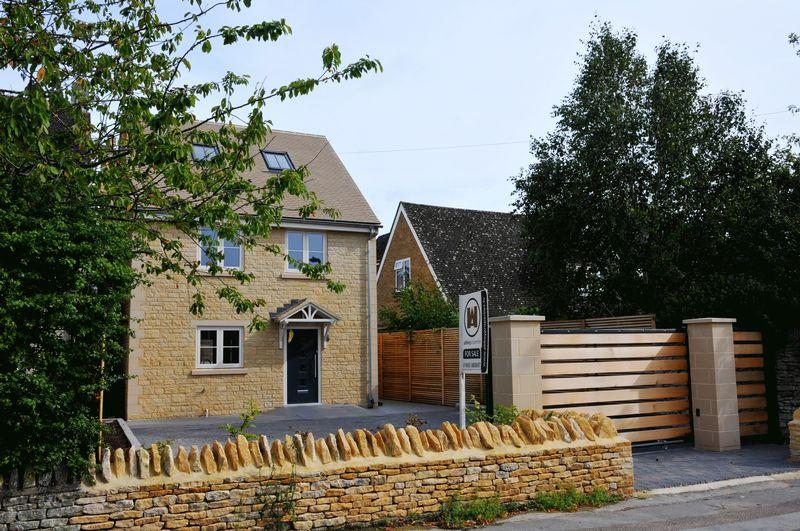 4 Bedrooms Detached House for sale in Mill Street, Eynsham