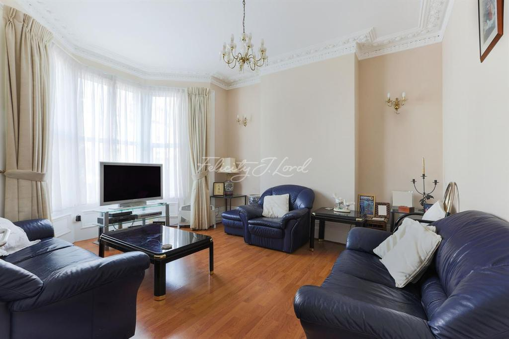 4 Bedrooms Terraced House for sale in Allerton Road, N16