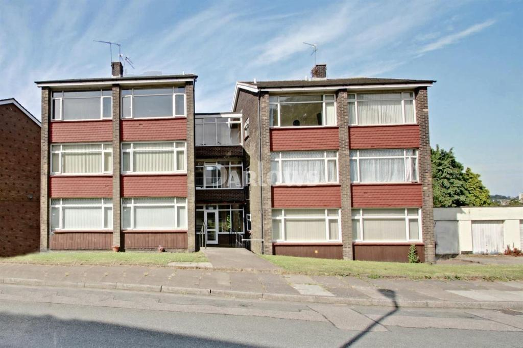 2 Bedrooms Flat for sale in Kennerleigh Road