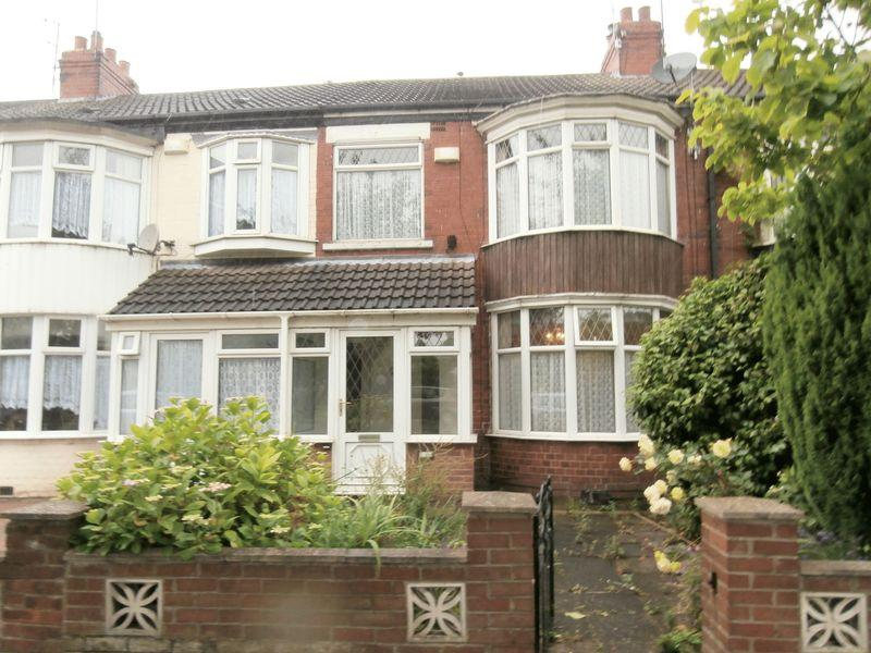 3 Bedrooms Terraced House for sale in Pickering Road, Hull