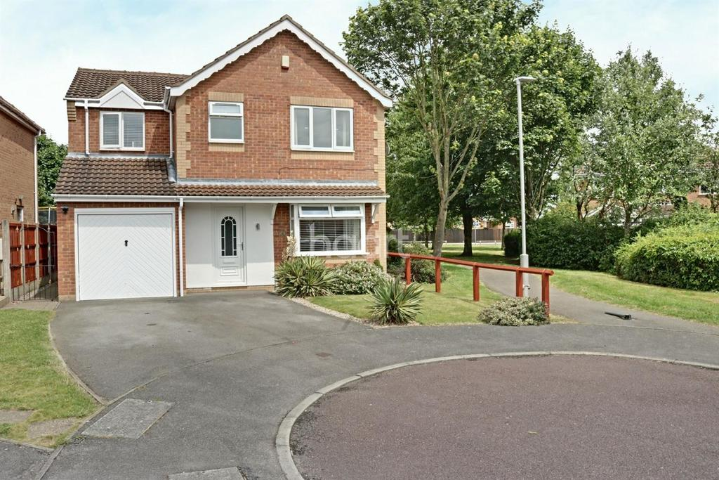 4 Bedrooms Detached House for sale in Leaf Close, Hucknall