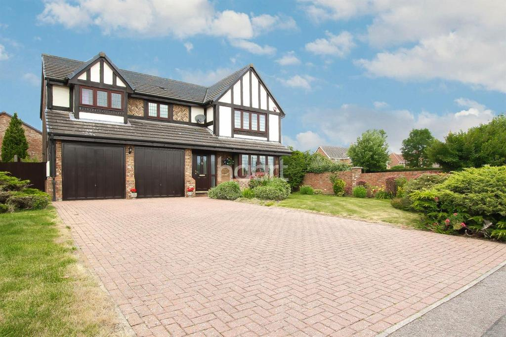 4 Bedrooms Detached House for sale in A Home Forever On Holford Way