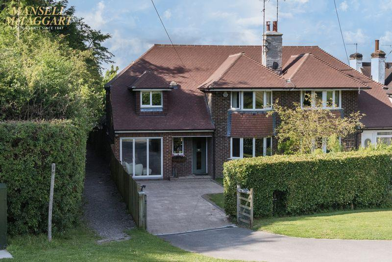 4 Bedrooms Semi Detached House for sale in West Dean, Poynings Road, Fulking, West Sussex