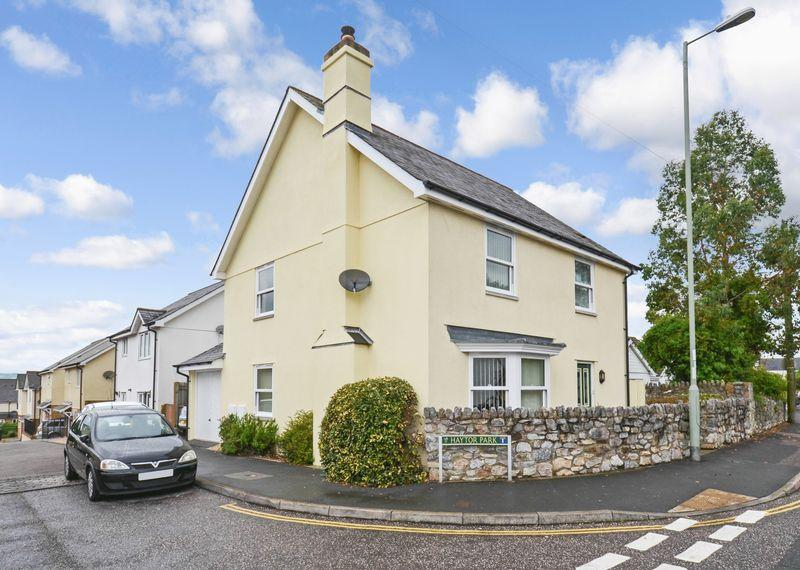 4 Bedrooms Detached House for sale in Haytor Park, Kingsteignton