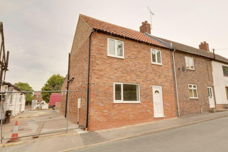 3 Bedrooms Detached House for sale in School Lane, South Ferriby