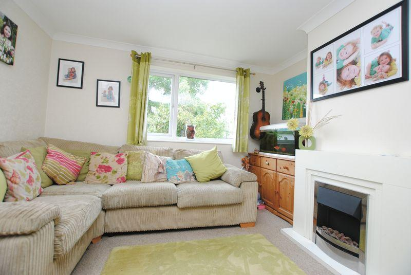 3 Bedrooms End Of Terrace House for sale in Summerfields, St. Stephens, Saltash