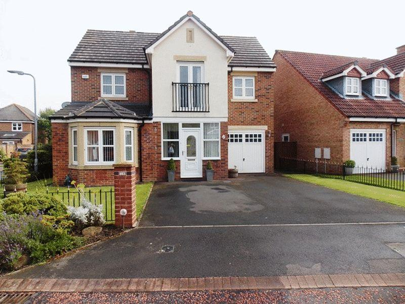 4 Bedrooms Detached House for sale in Aspen Way, South Beach, Blyth