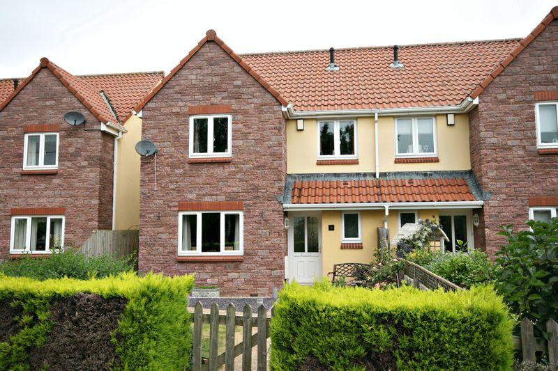 4 Bedrooms Semi Detached House for sale in Withiel Drive, Cannington