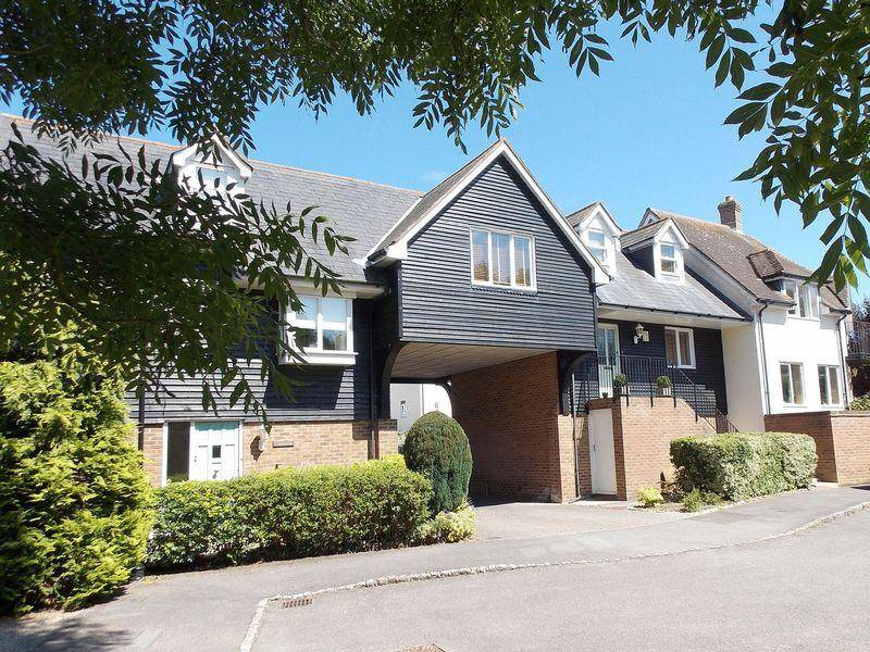 2 Bedrooms Terraced House for sale in Bramber, Nr Steyning