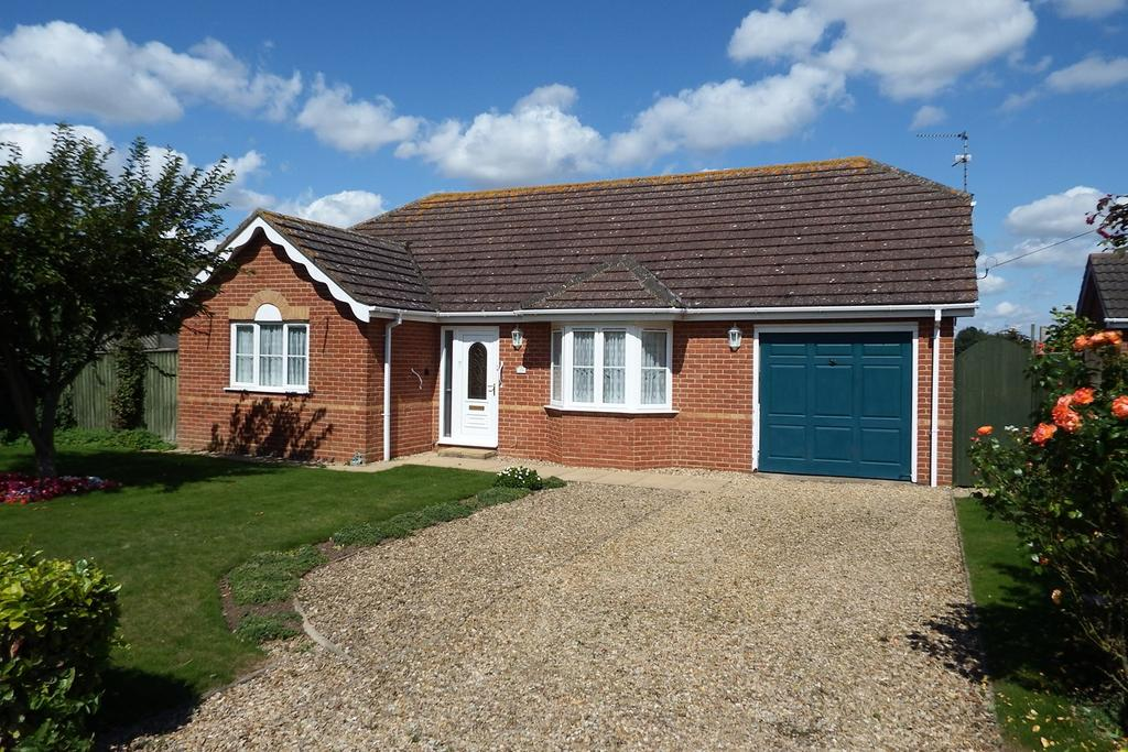 3 Bedrooms Detached Bungalow for sale in Roman Bank, Moulton Seas End, PE12