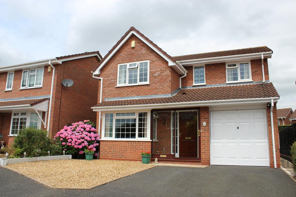 4 Bedrooms Detached House for sale in 9 Kingfisher Close, Nerwport, TF10 8RD, 9 Kingfisher Close