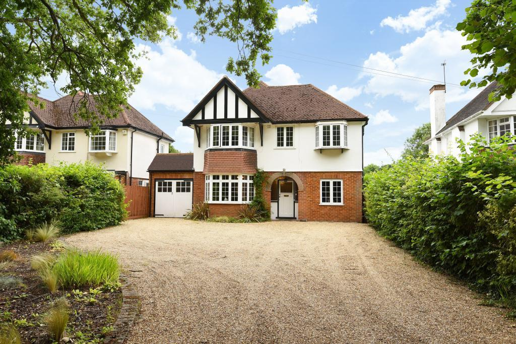 5 Bedrooms Detached House for sale in West Horsley