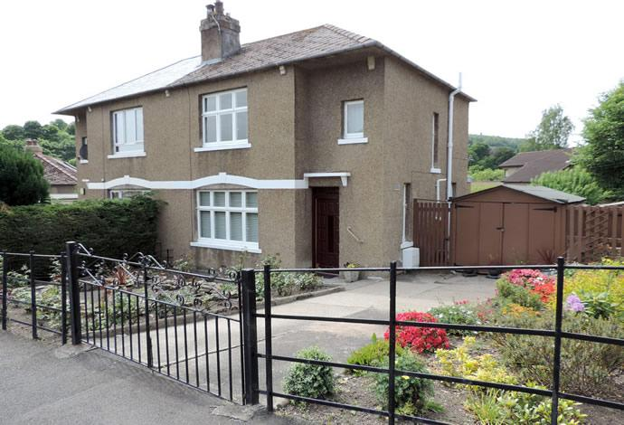 3 Bedrooms Semi Detached House for sale in Raeburn, 24 Glenfield Crescent, Galashiels, TD1 2AR