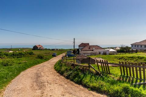 4 bedroom detached bungalow for sale - Cornelius Avenue, Newhaven, East Sussex BN9