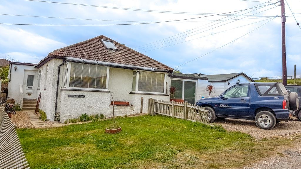 4 Bedrooms Detached Bungalow for sale in Cornelius Avenue, Newhaven, East Sussex BN9