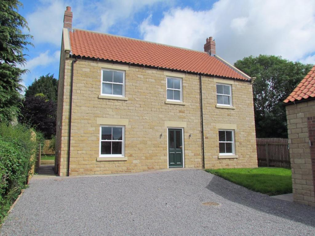 4 Bedrooms House for sale in Nawton, York