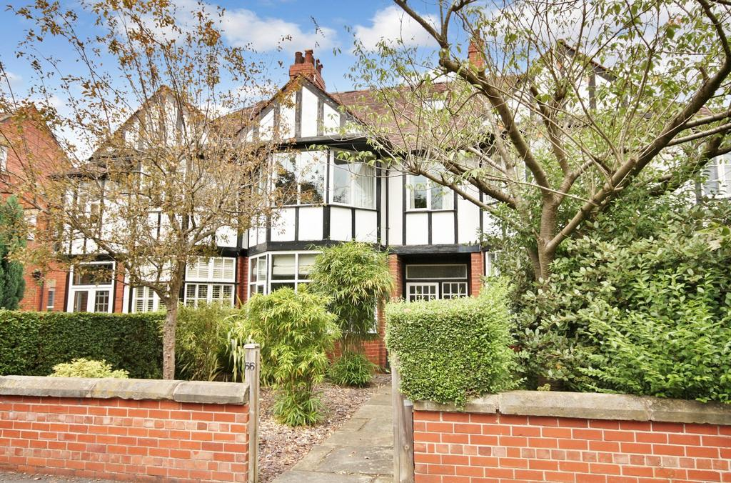 4 Bedrooms Terraced House for sale in Knutsford Road, Wilmslow