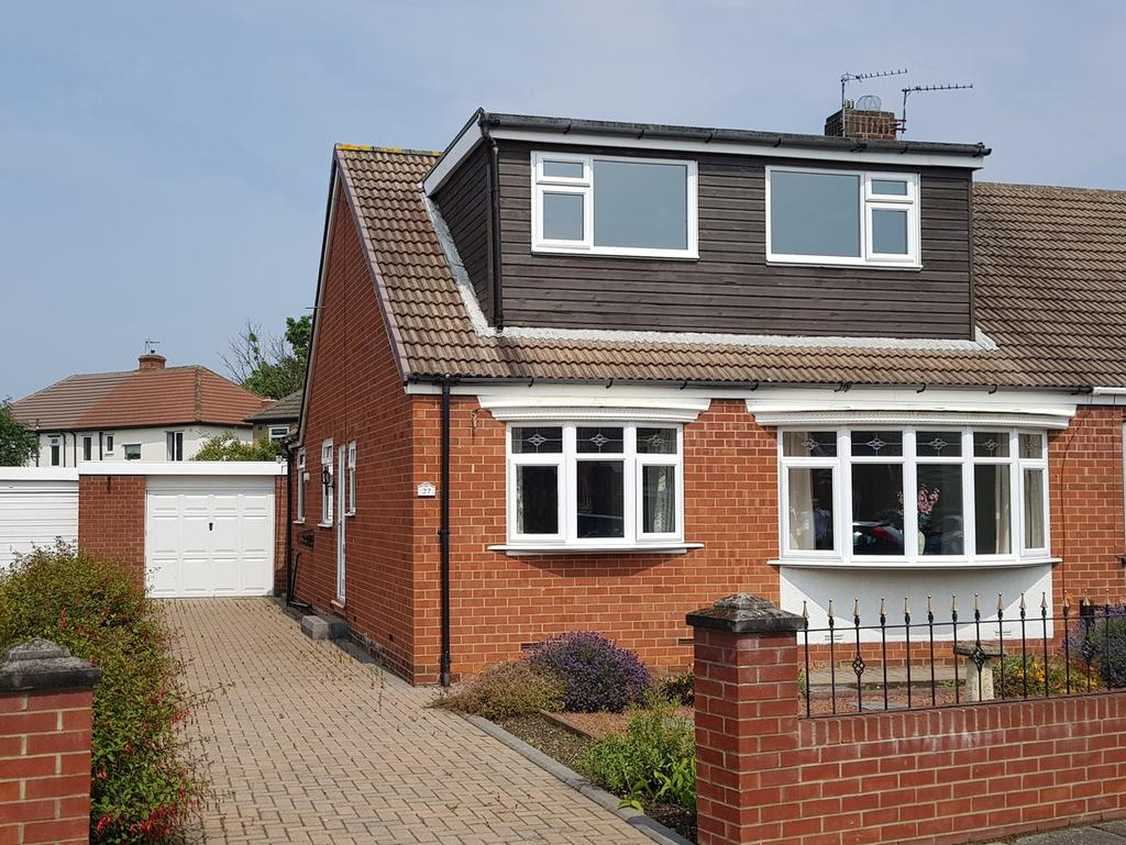 3 Bedrooms Bungalow for sale in Ancroft Gardens, Norton, TS20