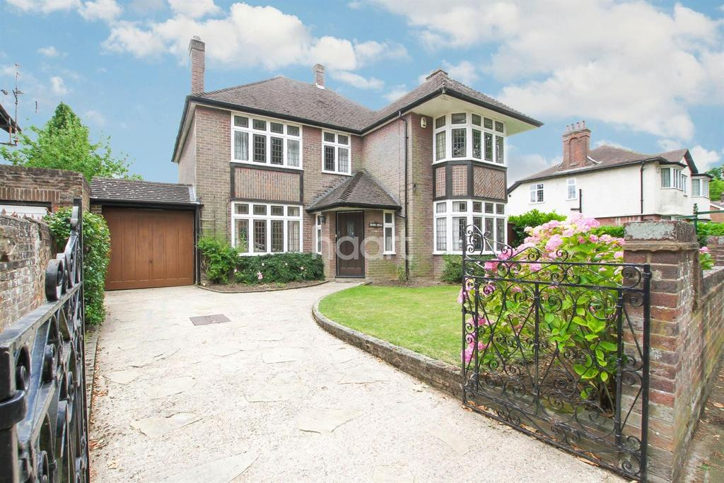 4 Bedrooms Detached House for sale in A Truly Special Home On Tennyson Road