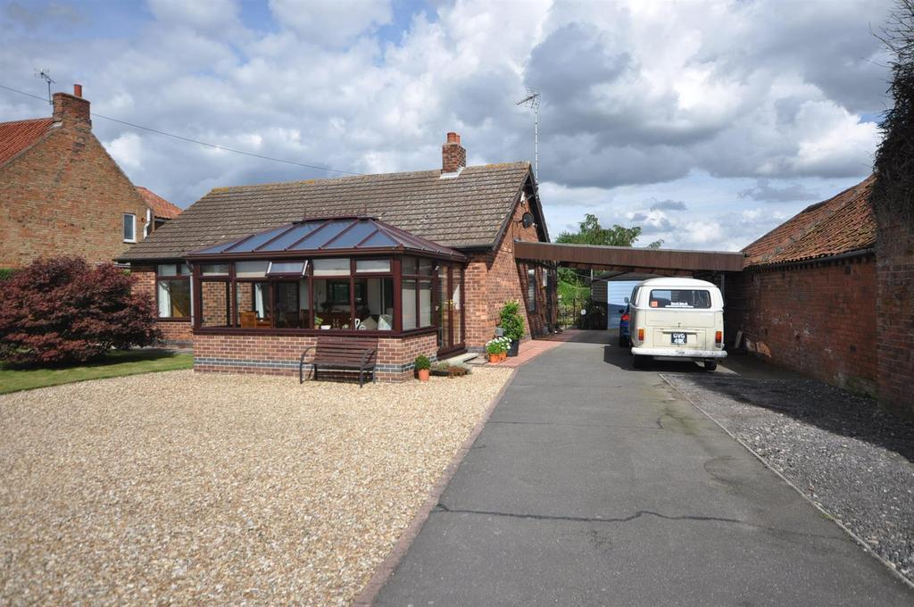 3 Bedrooms Detached Bungalow for sale in Grassthorpe Road, Normanton-On-Trent, Newark
