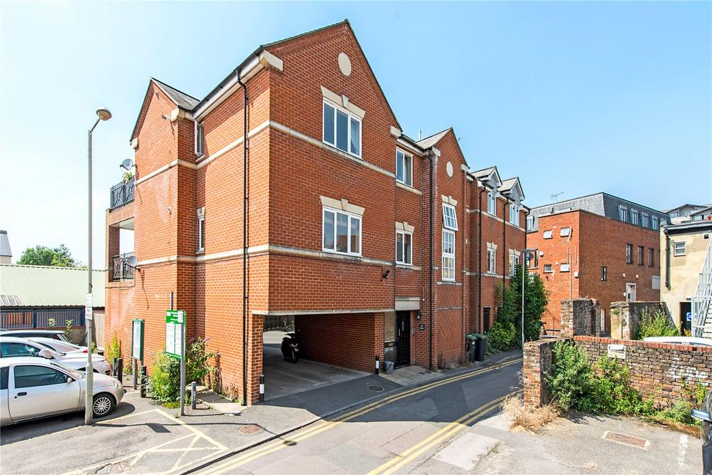 2 Bedrooms Flat for sale in The Forge, Bury Lane, Rickmansworth, Hertfordshire, WD3