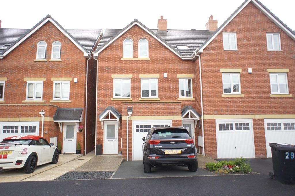 3 Bedrooms Town House for sale in Bridge Meadow, Lymm