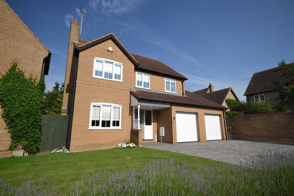 4 Bedrooms Detached House for sale in Fenton Drive, Carlby, Stamford