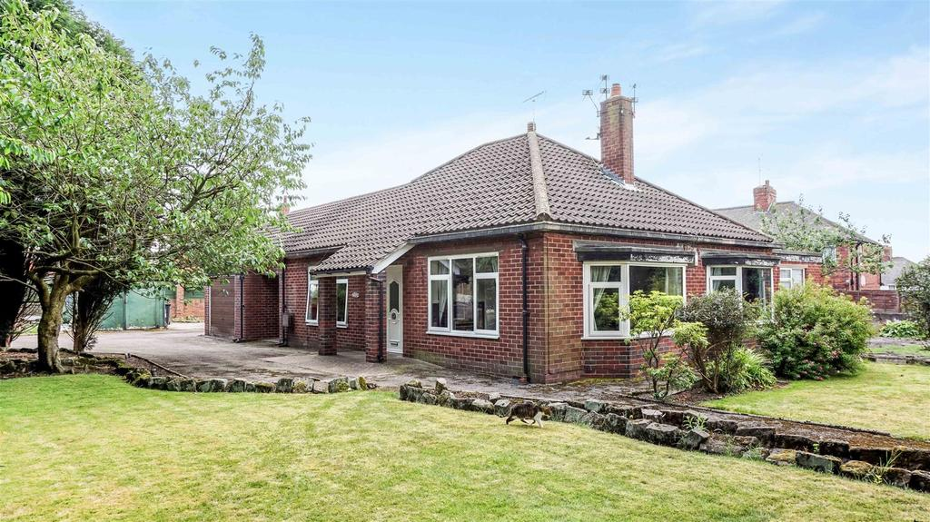 3 Bedrooms Detached Bungalow for sale in Sparch Hollow, May Bank, Newcastle, Staffs